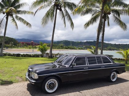 LOS SUENOS PRIVATE BEACH. COSTA RICA 300D W123 LANG LIMOUSINE