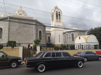 Basilica of Our Lady of the Angels Cartago. COSTA RICA MERCEDES W123 300D LIMO