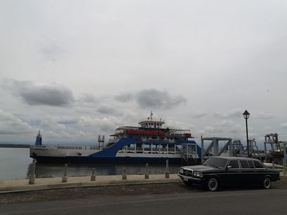Puntarenas Ferry. COSTA RICA LIMO SERVICE W123 LANG LWB 300D